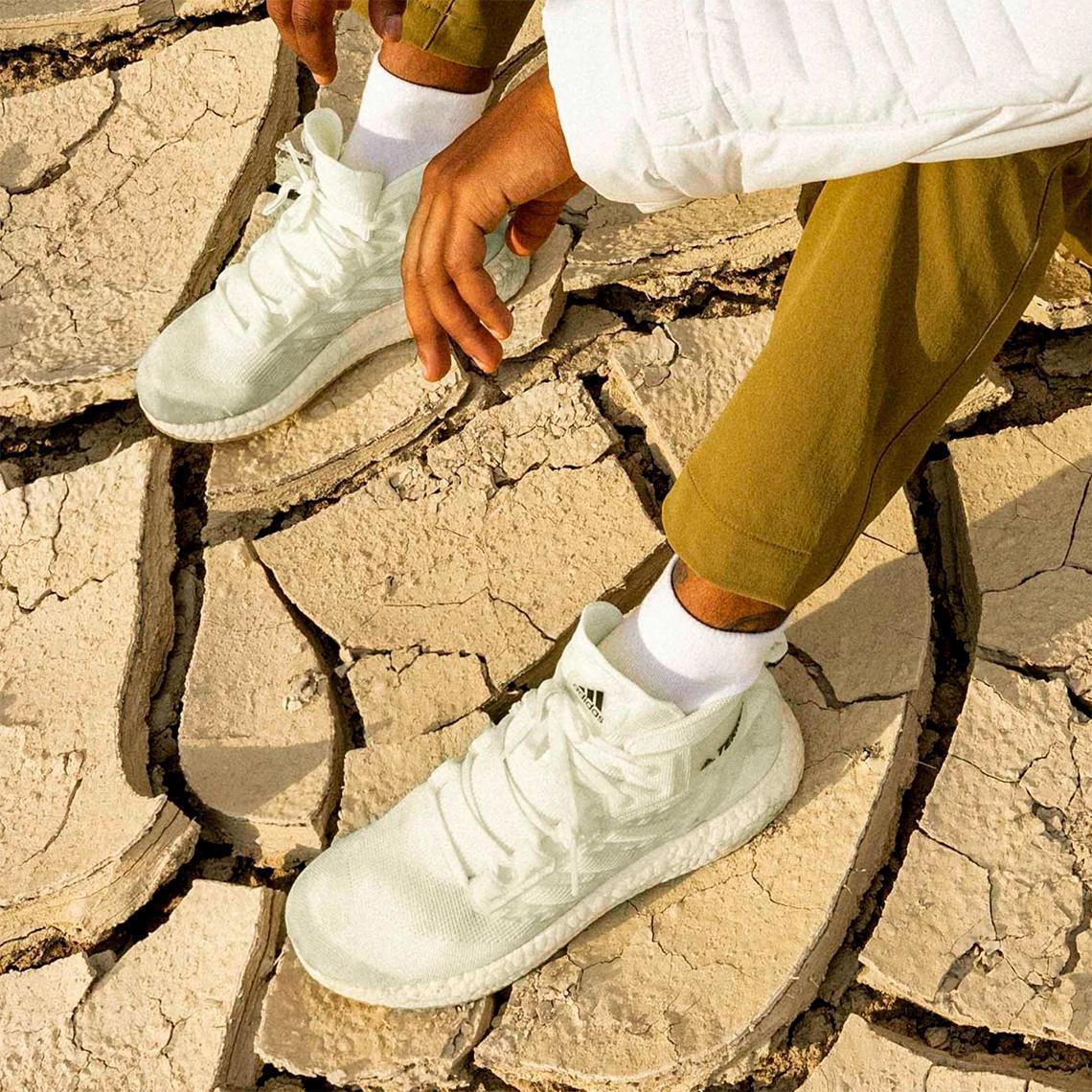 """Cette randonnée TERREX Free entièrement recyclable participe à la mission """" Made To Be Remade """" d'adidas."""