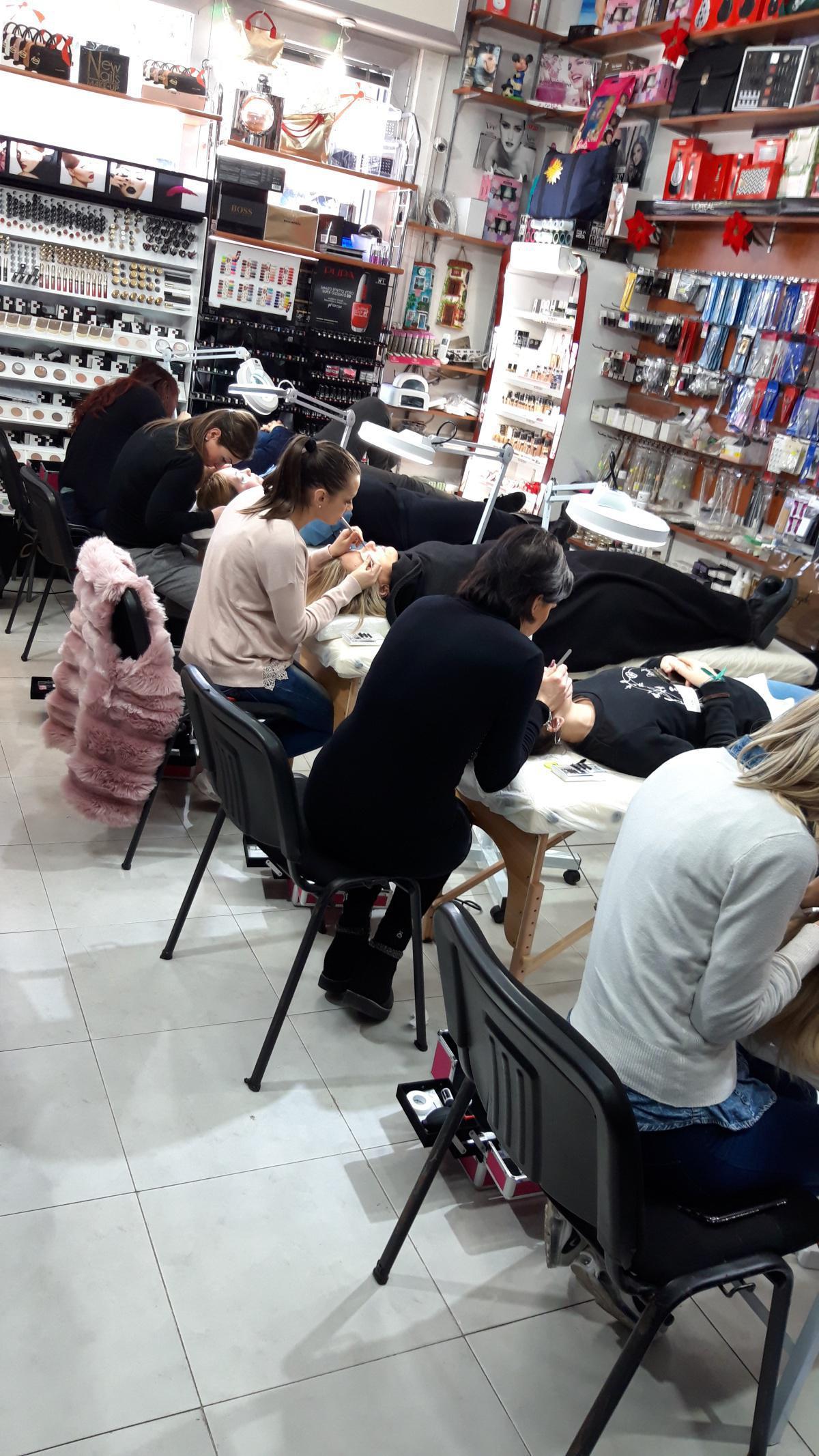 Corso Extension Ciglia New Nails