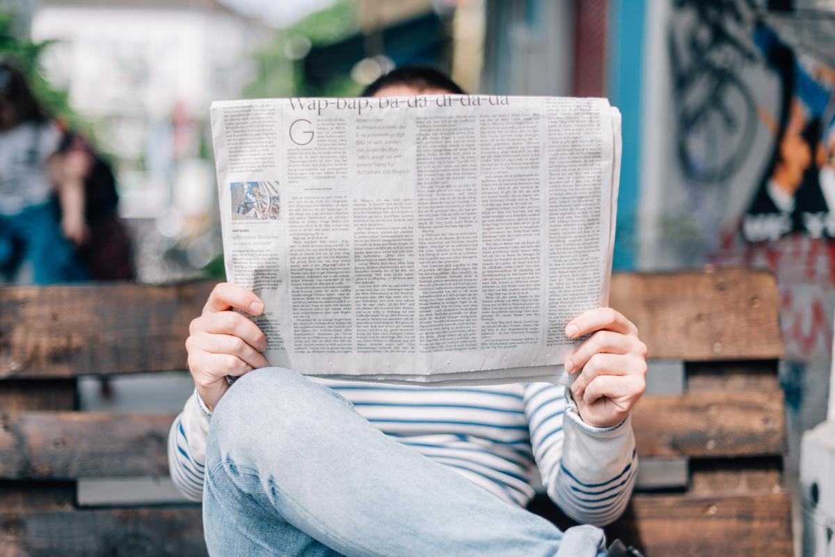 """Décoder l'information. Aide pour identifier les """"fake news"""""""