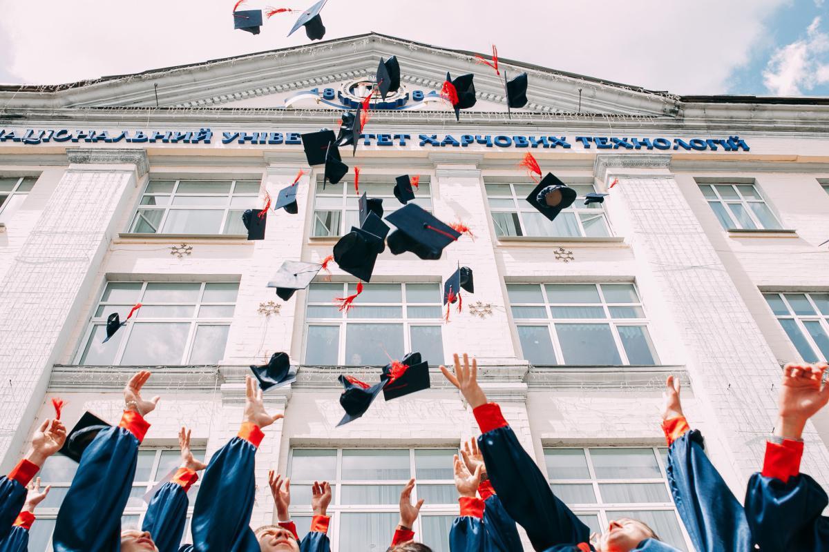 42. La formation professionnelle et l'apprentissage