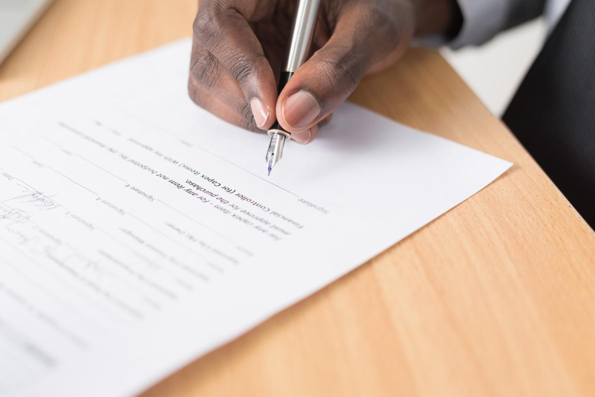 Signature de l'accord RCC