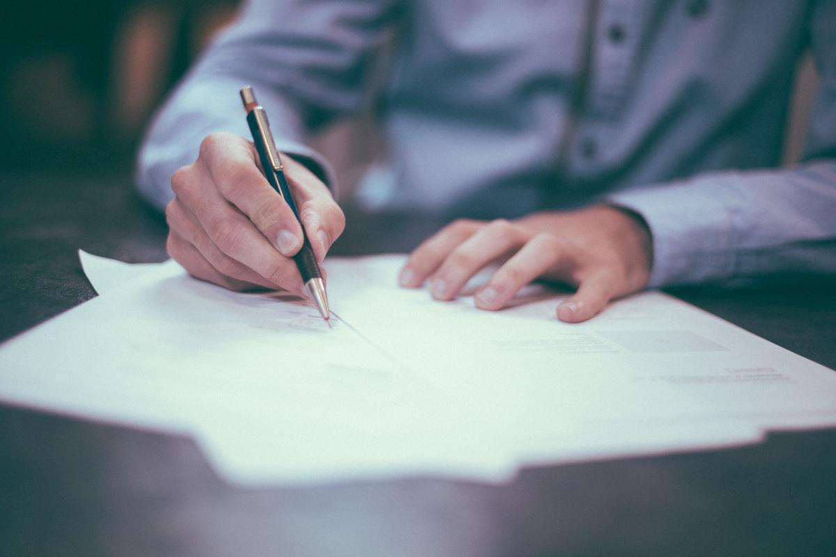 Signature de l'accord PDV MOP SSC
