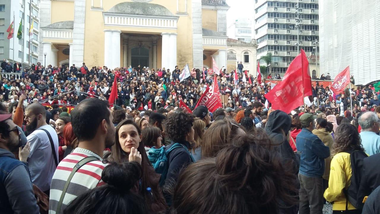 Manifestação se organizando