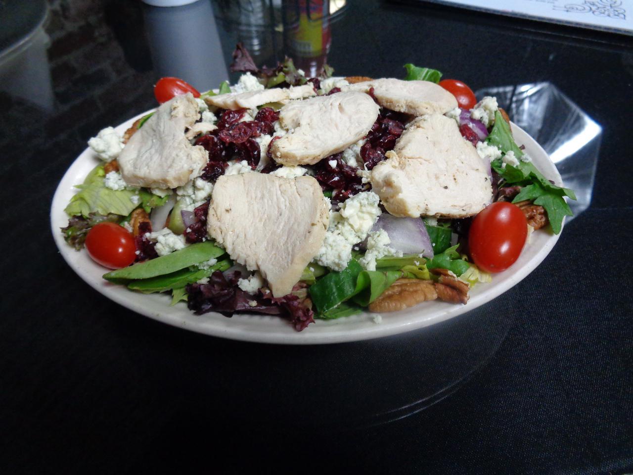 Michigan Salad w/Chicken