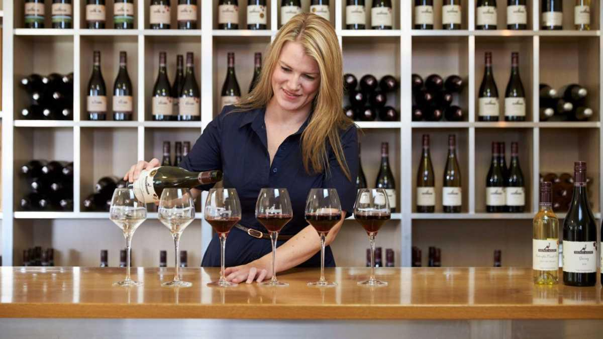 Award Winning Wines in the Hinterland of the Great Ocean Road - Brown Magpie Wines