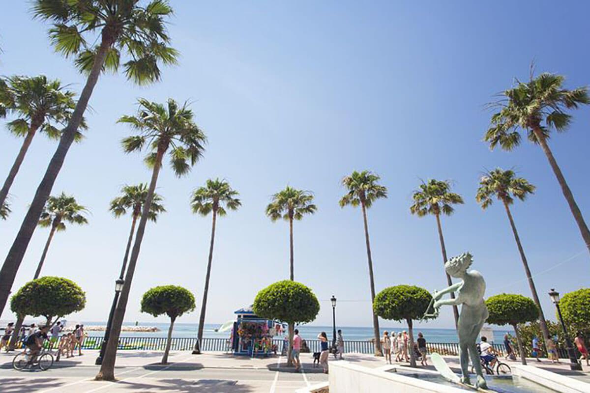 Paseo junto al mar, desde Marbella hasta San Pedro