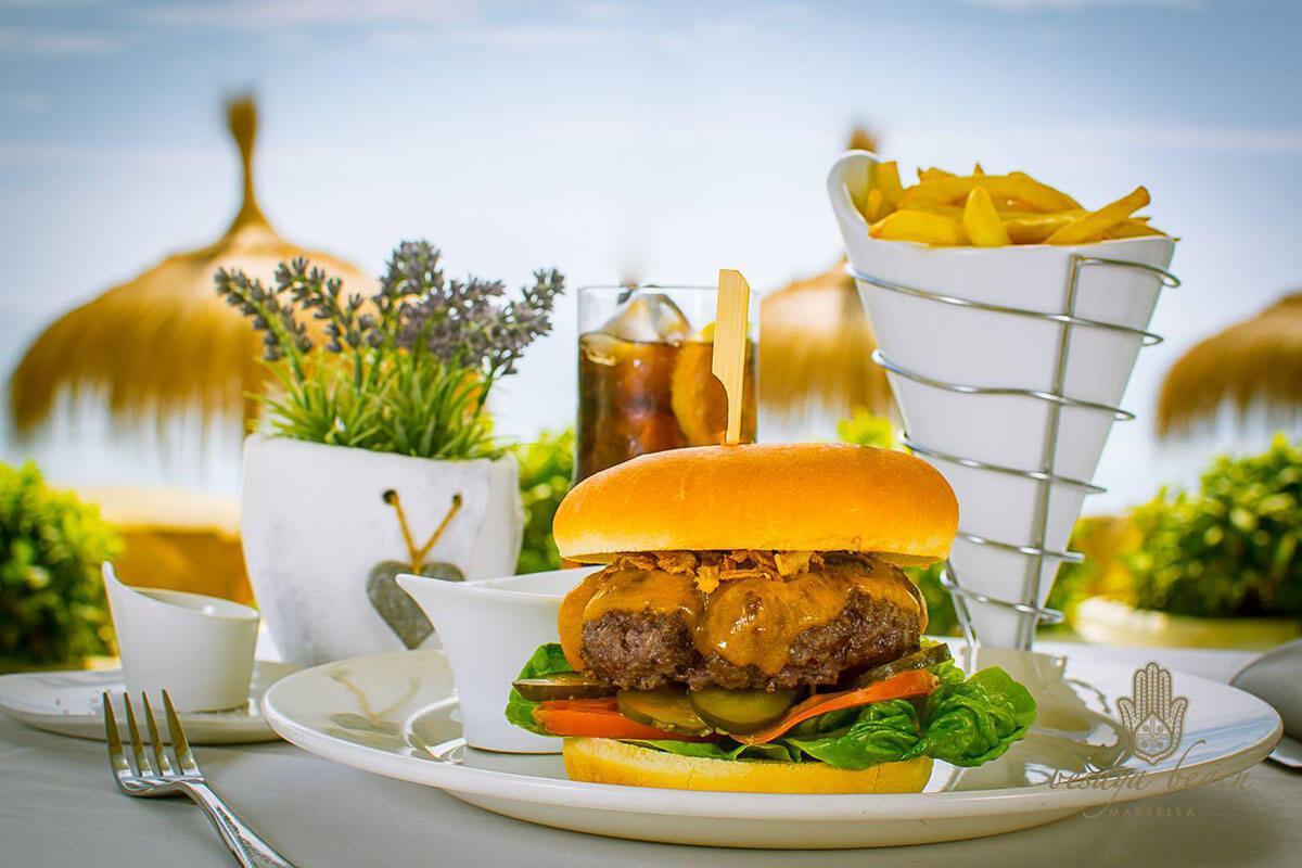 Restaurante Mediterráneo con vistas al mar