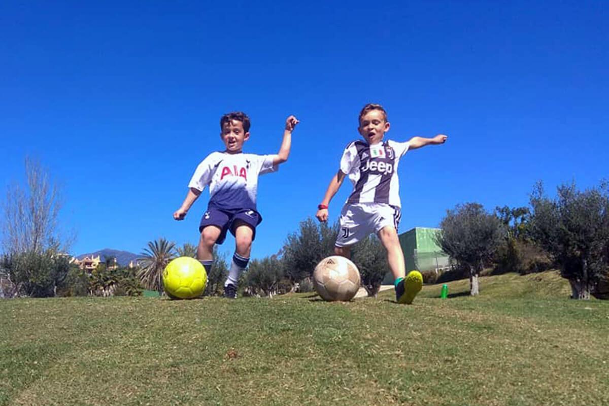 ¡Juega y diviértete al FootGolf en Marbella!