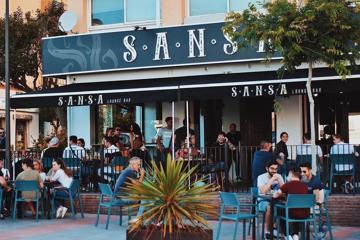 ¡Lounge Bar en San Pedro Alcántara!