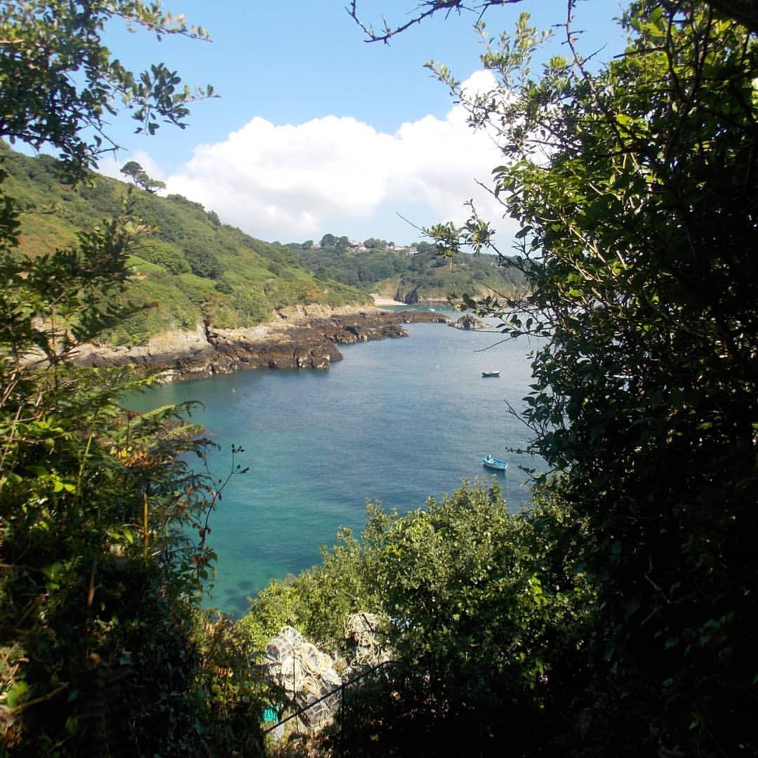 Marble Bay (Le Pied Du Mur)