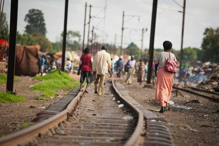 مقتل 24 شخصا إثر خروج قطار عن سكته في الكونغو الديموقراطية