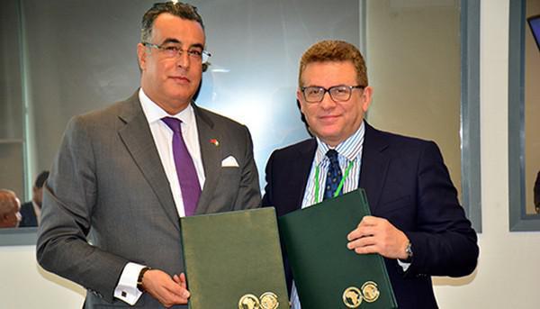المغرب والبنك الافريقي للتنمية يوقعان بأبيدجان على اتفاق قرض بقيمة 268 مليون أورو لدعم التسريع الصناعي