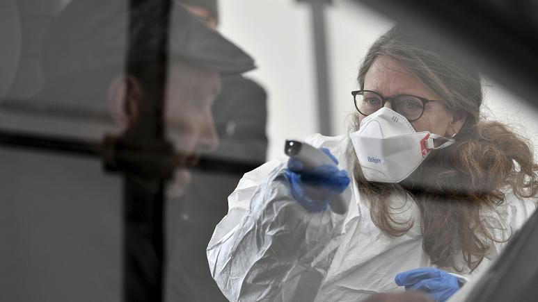 وباء كورونا ينهك الأطباء النفسيين في الصين