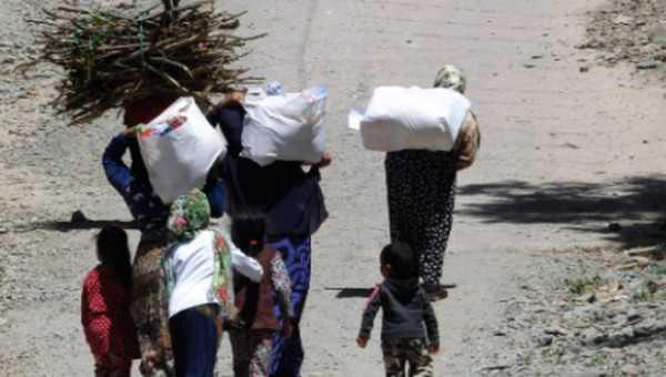 """كوفيد -19 ..""""إنصاف"""" توزع ،في الدار البيضاء ،مساعدات على المهاجرين المنحدرين من بلدان افريقيا جنوب الصحراء"""