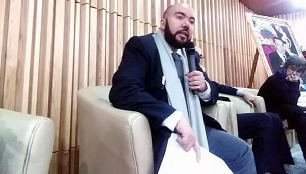 الأستاذ الجامعي محمد بادين اليطيوي، مدافع قوي عن القضية الوطنية في المكسيك