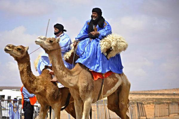 المناطق الصحراوية جنوب المغرب تفتخر بكونها أكبر تجمع للبدو والرحل وتزخر بتنوع تراثي يجعلها نقطة جذب بامتياز (مجلة بيت العرب)