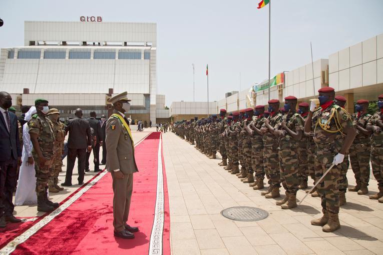 """بعد مرور عام على الإنقلاب، """"بلغ انعدام الأمن في مالي ذروته"""""""