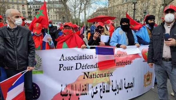 بباريس.. وقفة تضامنية مع محتجزي مخيمات تندوف بالجزائر