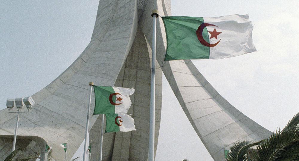"""الشركات الجزائرية تسجل خسائر بـ 50 % من رقم أعمالها جراء """"كوفيد- 19"""""""