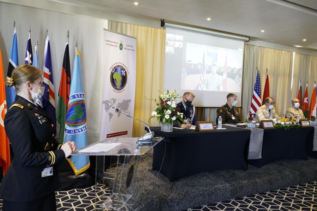 """القوات المسلحة الملكية و القيادة الأمريكية في إفريقيا تنظمان بالمغرب ندوة """"Africa Endeavor 2021"""""""
