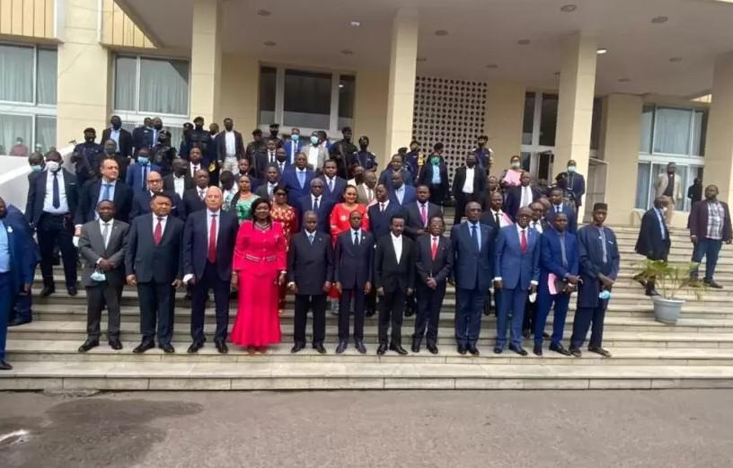 وفد برلماني إفريقي برئاسة المغرب يطلع رئيس الاتحاد الإفريقي على الاختلالات التي يعرفها البرلمان الإفريقي