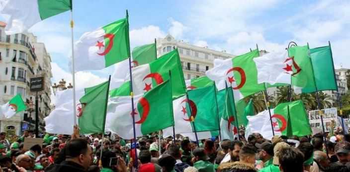 الجزائر.. سلطة تخوض حربا ضد الشعب (صحيفة جزائرية)