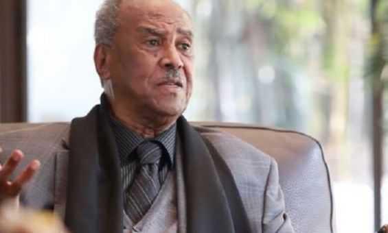 وفاة الدبلوماسي المغربي السابق أحمد السنوسي