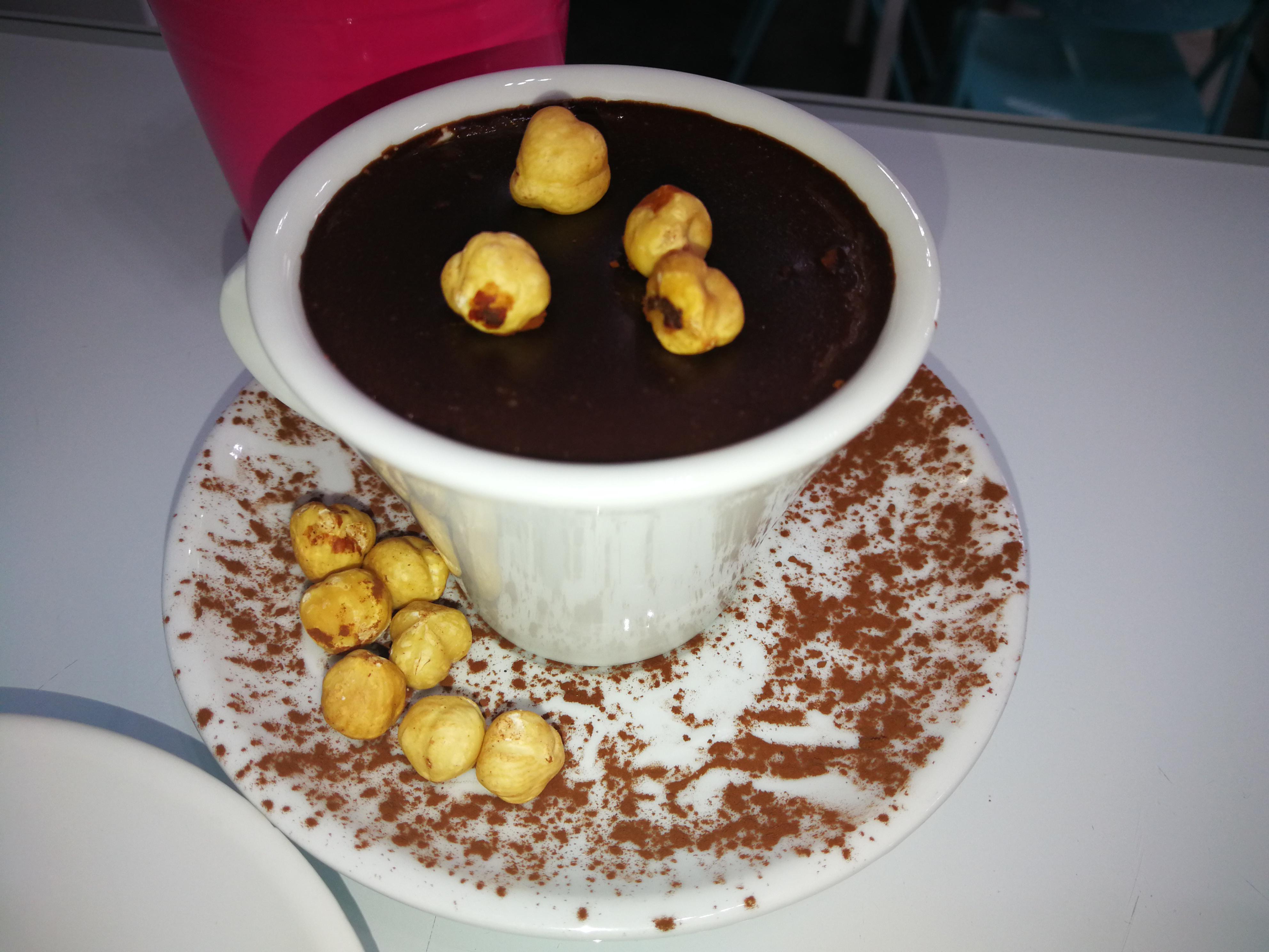 Cioccolata calda alle nocciole