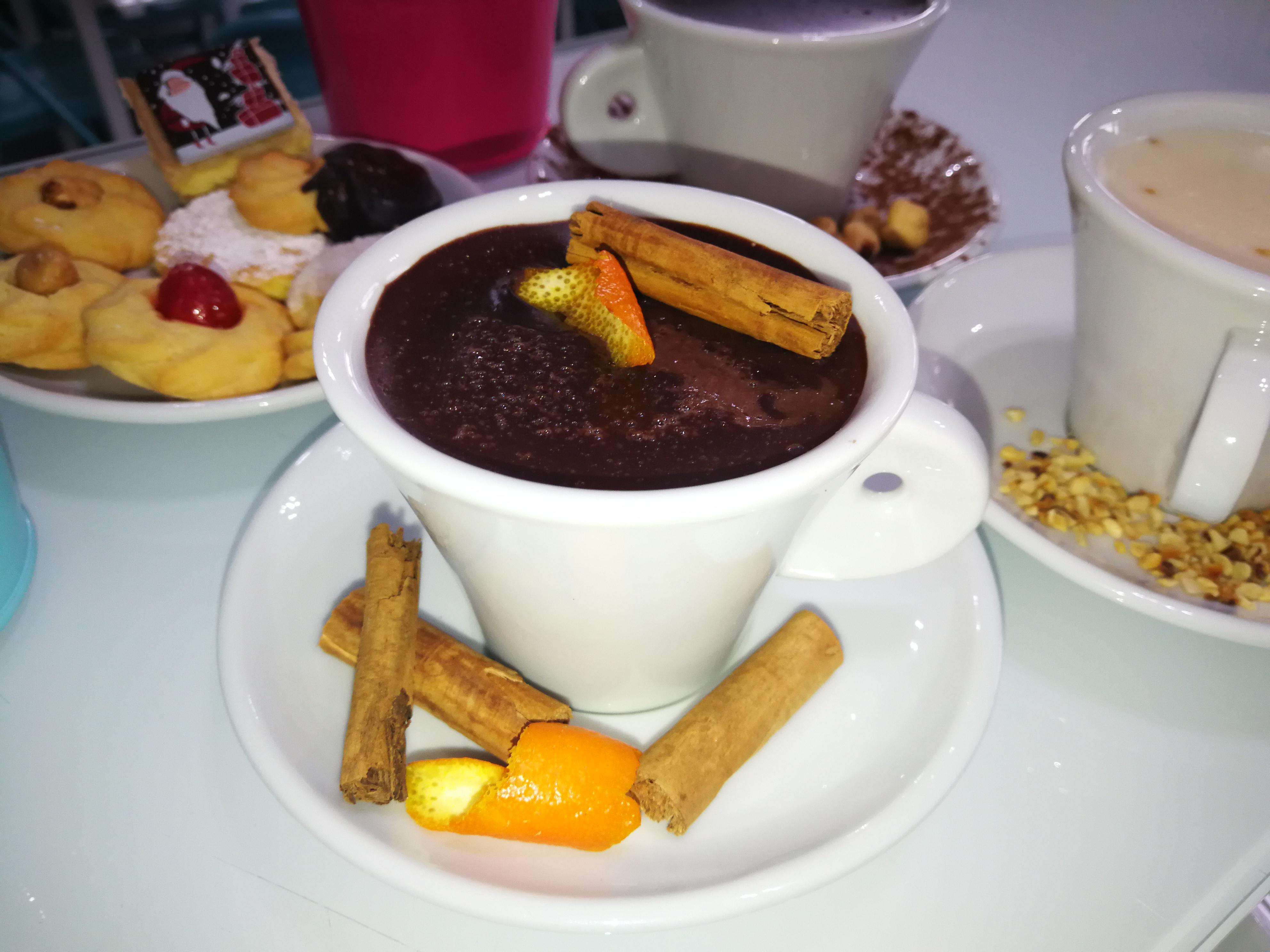 Cioccolata cannella e arancia