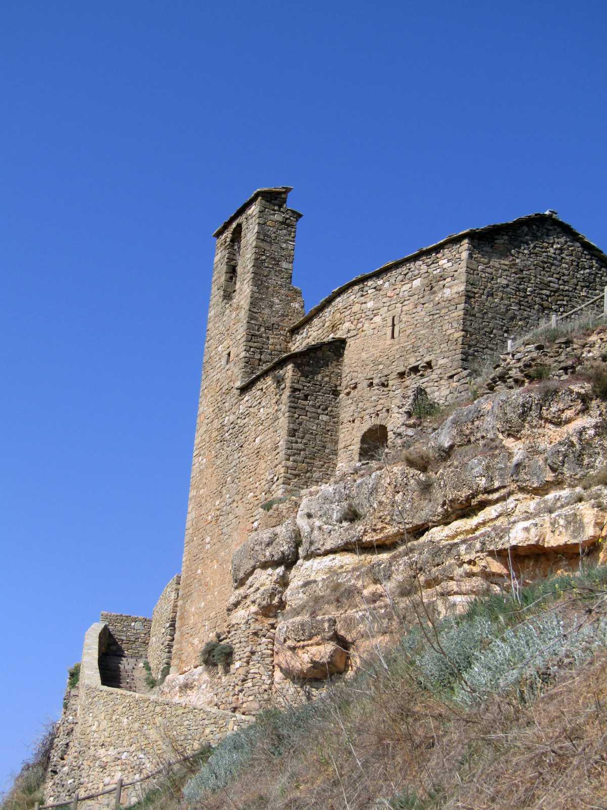 Circular por el Castillo de Viacamp