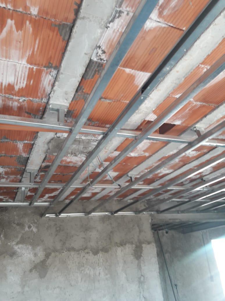 33 Soluciones - Plomería, Pintura, Instalaciones de Gas y Electricidad