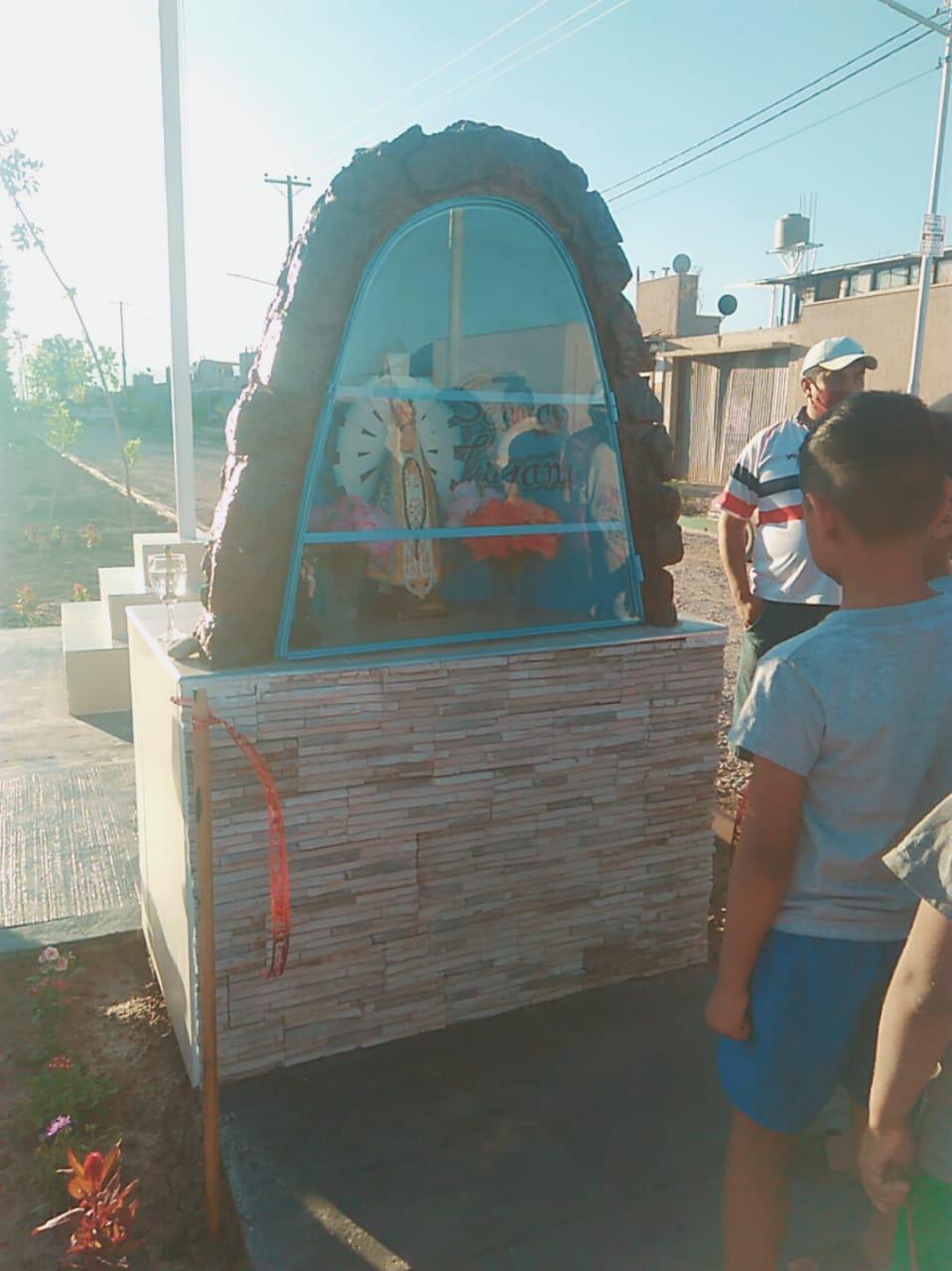 Inauguraron una imagen de la Virgen de Luján en los B° Nueva Vida y Renacer del Plata