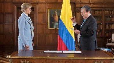 Embajadora de Colombia en España Carolina Barco tomó posesión como ante el Ministro de Relaciones Exteriores, Carlos Holmes Trujillo
