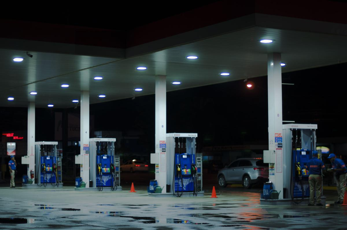 Reducción en el precio de la gasolina en Colombia