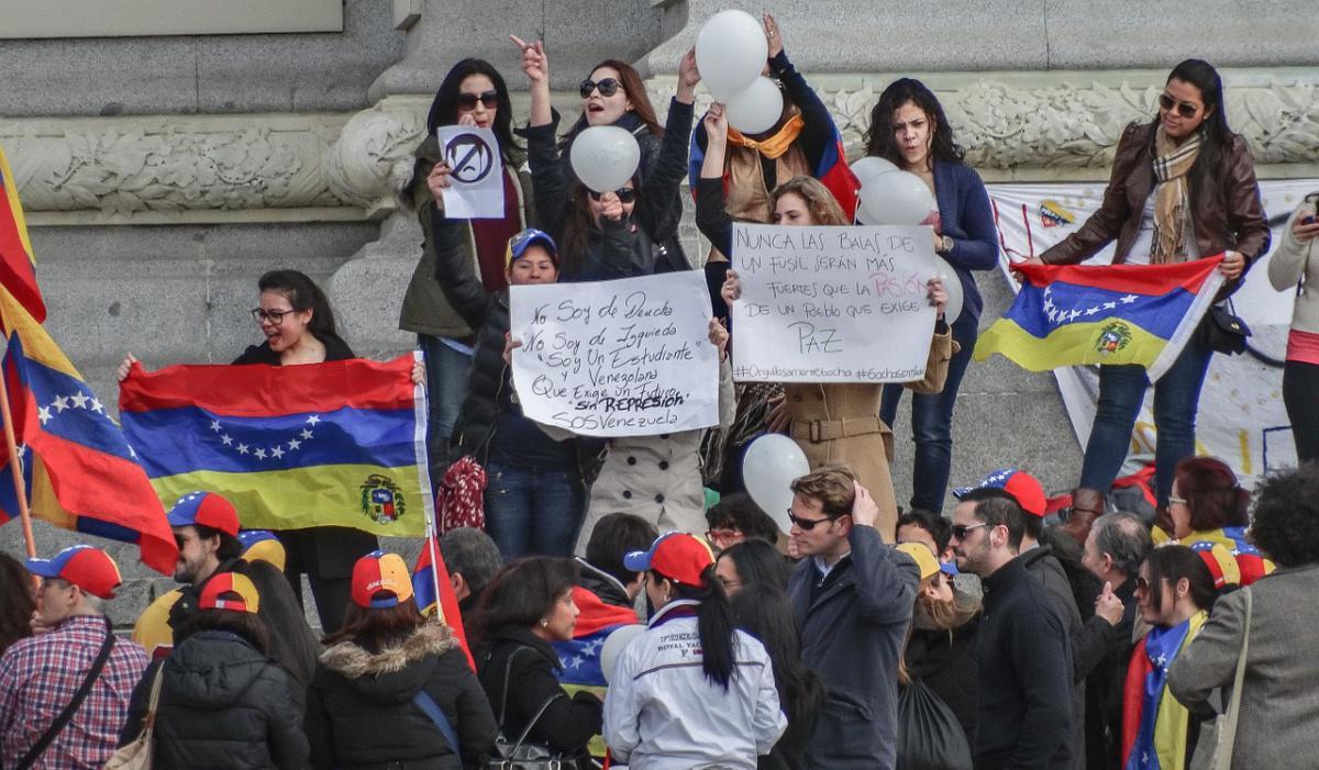 La cifra de venezolanos radicados en el país bajó a 1'722.919?, un 5.8% menos que al comienzo de la pandemia