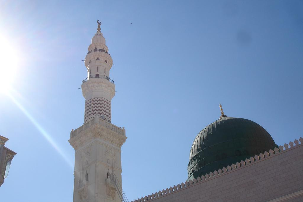 Masjid Al Nabawi in Madinah - Saudi Arabia (green dome)