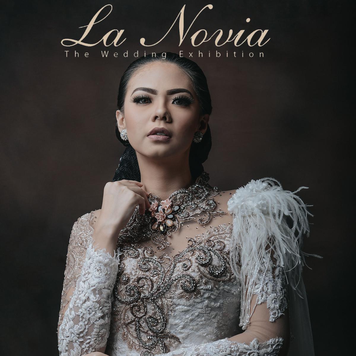 About La Novia