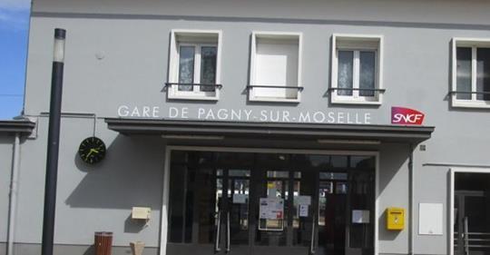 Non à la fermeture du guichet et du hall de la gare de Pagny sur Moselle