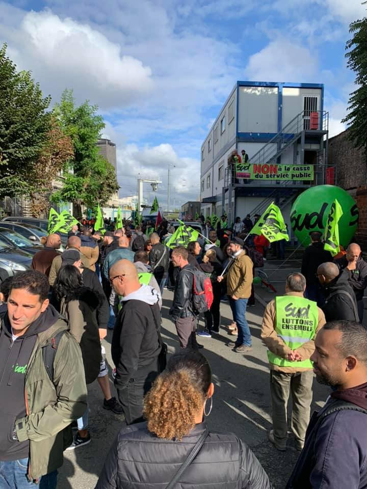 Photos : Mobilisation Technicentre le Landy contre l'homologation de la rame Zefiro(Thello)