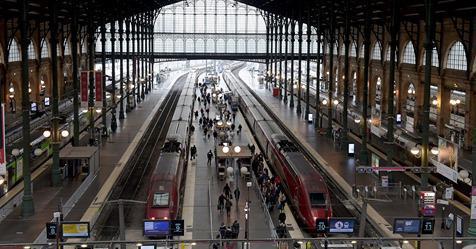 """""""Édouard Philippe et Guillaume Pépy se trompent"""" : à la SNCF, les syndicats assument d'exercer leur droit de retrait"""