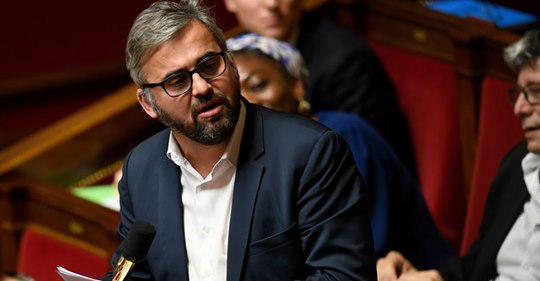 """Alexis Corbière dénonce une """"censure"""" après la limitation d'activité de pages Facebook de syndicats de cheminots"""