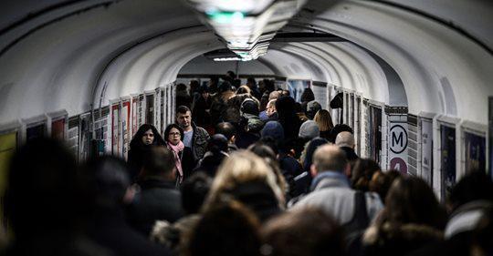 Transports: la proposition de loi sur le service minimum garanti, adoptée en commission