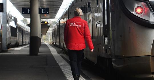Grève à la SNCF : la direction verse une prime à certains non-grévistes