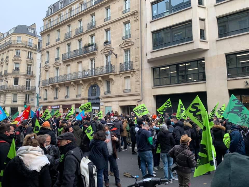 Photos : Rassemblement devant le Siège Ile de France Mobilités