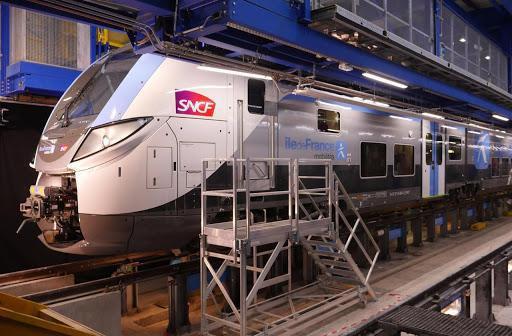 Saisie par Alstom, la justice donne un coup de frein au méga contrat du RER francilien