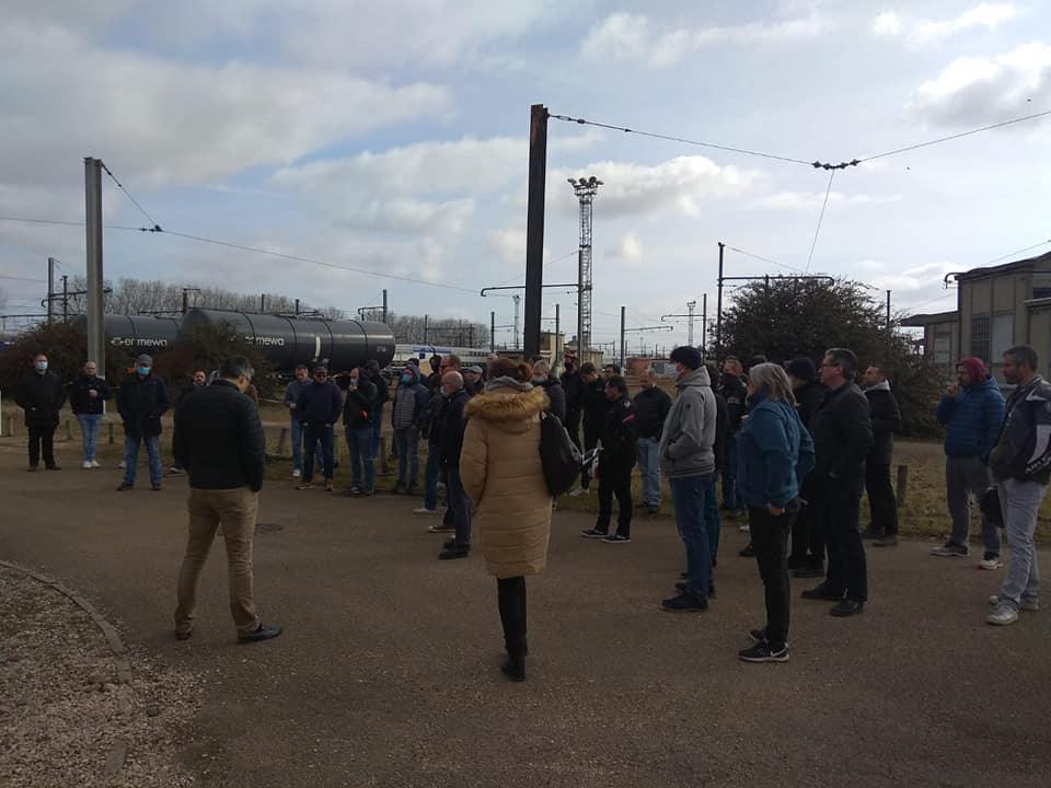 Grève des conducteurs de Laroche en soutien à Nicolas