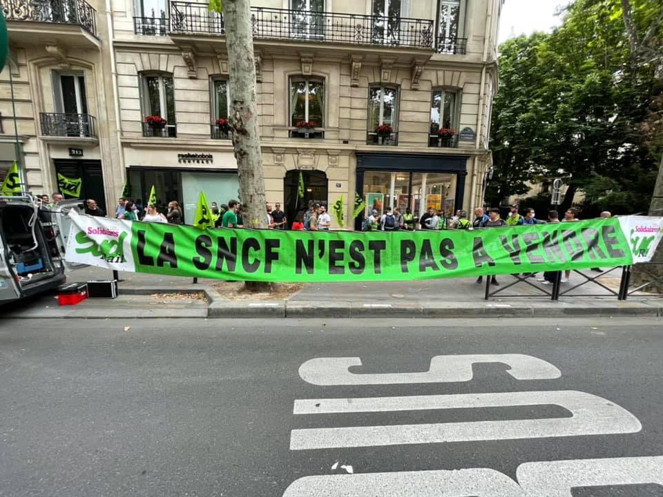 9/07/21 - La SNCF n'est pas à vendre !
