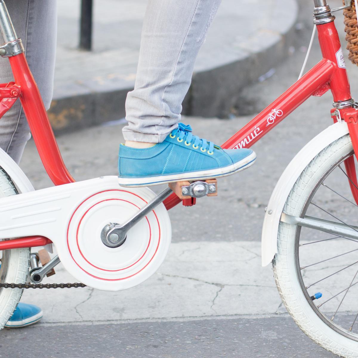 Normativa sobre bicicletas, patines y patinetes