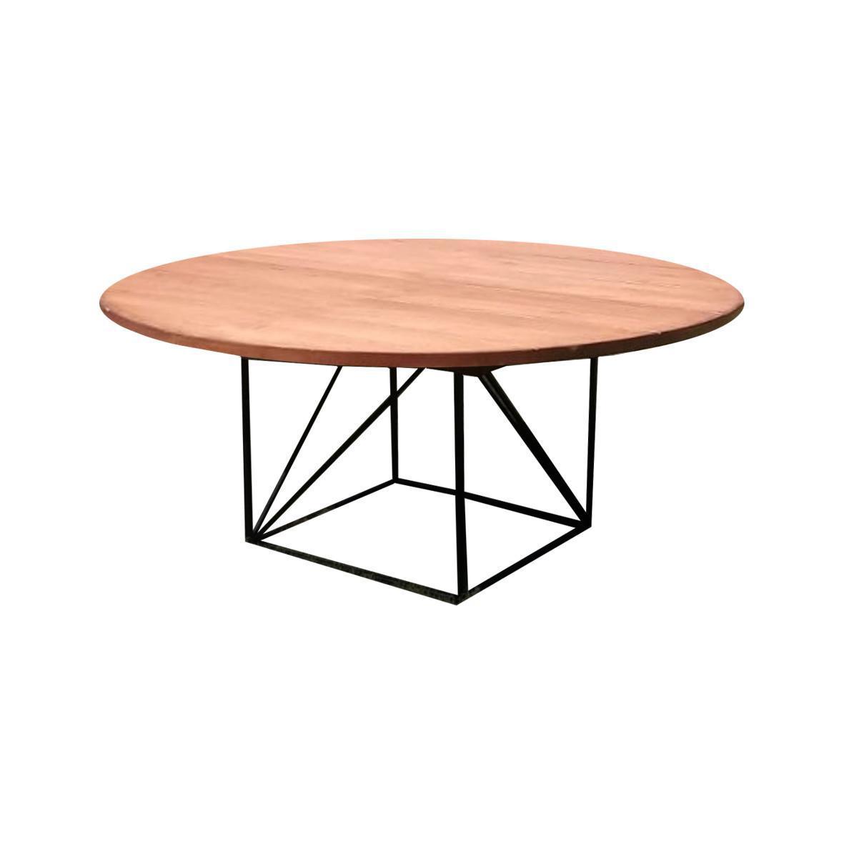 Mesa redonda de madera color nogal