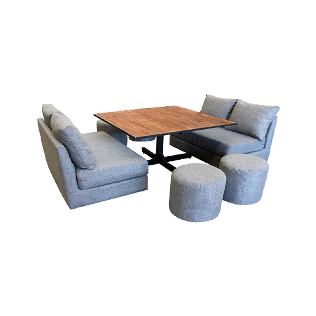 Mesa provenzal con love seats